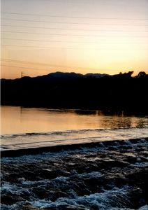 夕暮れ時の鏡川