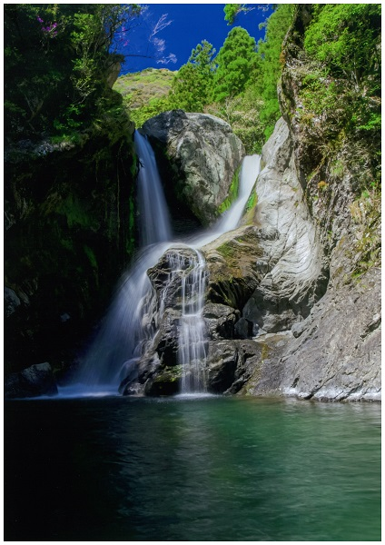 秘境 明神の滝